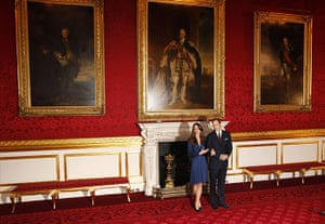 Engagement : Prince William and his fiancee Kate Middleton