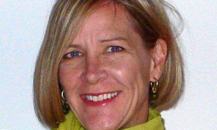 Kelly Valen, author of The Twisted Sisterhood