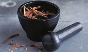Grinding Chinese five spice