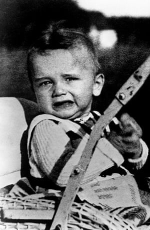Arnold Schwarzenegger : Arnold Schwarzenegger - Child Photo Of Actor  1 May 1949