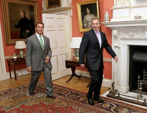 Arnold Schwarzenegger : British Prime Minister Tony Blair (R) meets with Arnold 2007