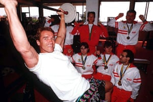 Arnold Schwarzenegger : Arnold Schwarzenegger With Disabled Children In Cannes, France - Jun 1990