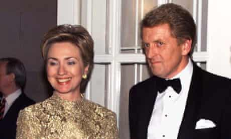 Sir Christopher Meyer welcomes Hillary Clinton to the US embassy in Washington