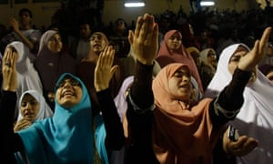 Supporters of Muslim Brotherhood opposition group during elections in Egypt