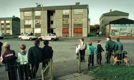 children in rundown area of scotland