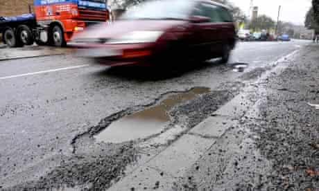 2.85m Insurance bill for pothole-damage cars
