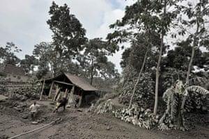 Mount Merapi Volcano: Mount Merapi Volcano