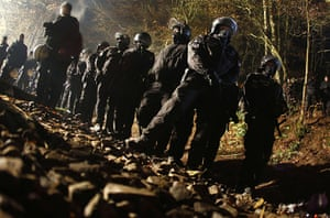 Anti-nuclear protests: German riot police wait in line before they remove anti-nuclear activists