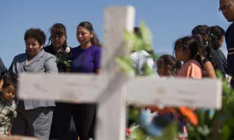 Relatives of Francisco Arreola attend his funeral in Ciudad Juárez, Mexico, in September 2009