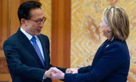 Lee Myung-bak meets Hillary Rodham Clinton