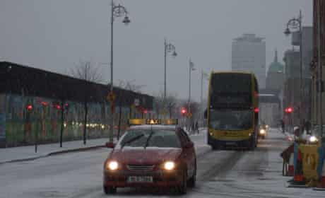 Snow storm in city centre Dublin