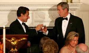 George W Bush toasts Nicolas Sarkozy
