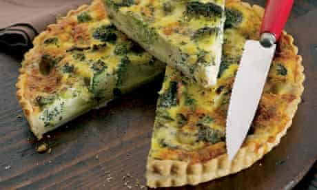 Broccoli and stilton tart
