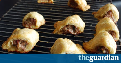 How To Make Perfect Sausage Rolls Life And Style The