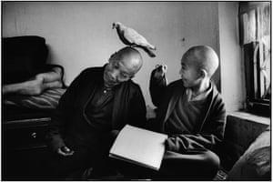 Photography Books: Tulku Khentrul Lodro Rabsel with his tutor Lhagyel by Martine Franck