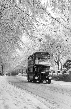 1962 Winter Freeze: Social History, Weather, pic: 15th January 1962, Epsom, Surrey
