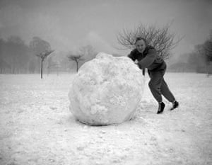 1962 Winter Freeze: Entertainment - Tony Britton