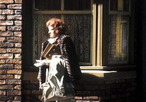 Coronation Street: Elsie Tanner leaves the street