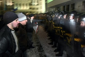Belarus election violence: Protesters clash with riot police during a rally in Minsk