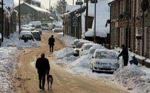 snow continues in uk: Blaenau Ffestiniog