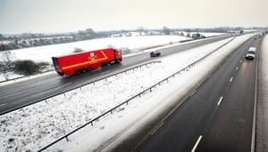 snow continues in uk: M5 near Kingston Seymour