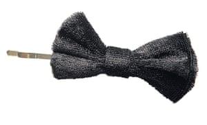 Christmas Day: Velvet hairpin