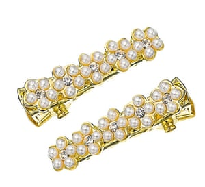 Christmas Day: Pearl hair clips