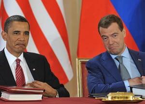 obama 2010: Medvedev andObama sign START treaty