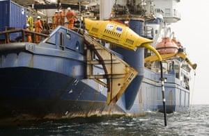 2010 green technologies: Wave Hub successfully installed off Cornish coast