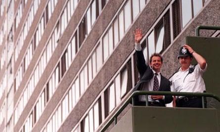 Tony Blair at the Aylesbury estate