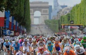 pictures of the year: Tour de France 2010 final stage