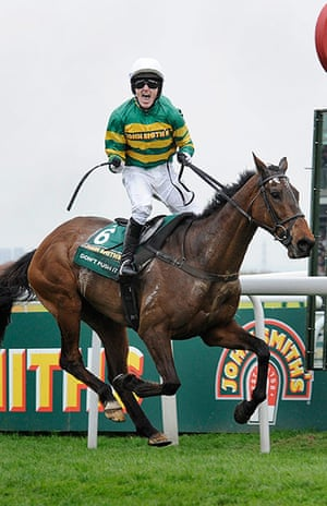 pictures of the year: Aintree racing