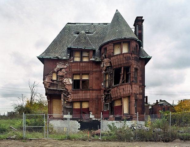 Ruins of detroit photo essay