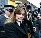 Jemima Kahn leaves magistrates court after offering to stand as surety for Julian Assange