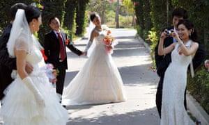 China mass weddings