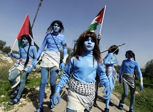 West Bank demonstration: Protesters dressed as characters from Avatar campaign against the barrier