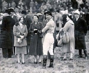 Dick Francis: 1956: Queen Elizabeth II and Devon Loch's jockey Dick Francis at Aintree