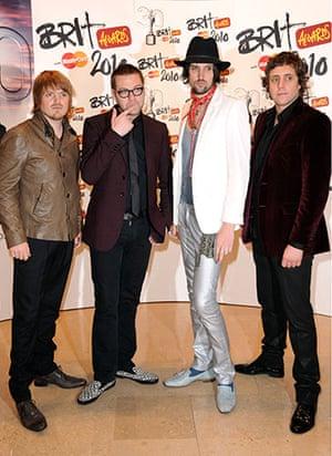 Brit Awards Style: The Brit Awards 2010 Kasabian