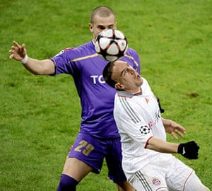 Wed Champions League: Bayern's Franck Ribery attempts to control the ball