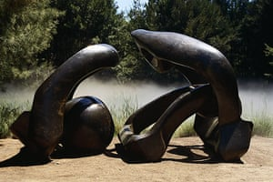 Henry Moore: Henry Moore, Hill Arches (1972-73)