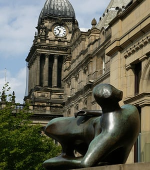 Henry Moore: Henry Moore Sculpture at Leeds City Art Gallery