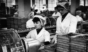 Workers in Cadbury's Bourneville factory, 1954