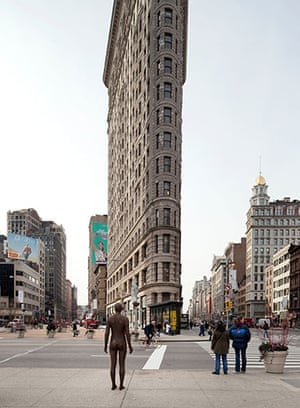 Antony Gormley: Antony Gormley sculpture in New York