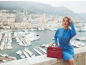 The Grace Kelly look: Grace Kelly look: blue linen dress