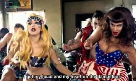 Lady Gaga Telephone 13