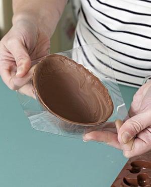 Make an Easter egg: How to make an Easter egg