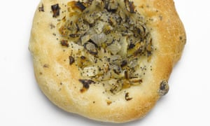 Black olive bialy