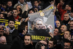 Chelsea v Inter: Inter fans with a poster of Mourinho