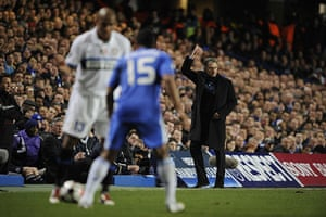 Chelsea v Inter: Mourinho gestures as Maicon takes on Malouda