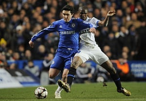 Chelsea v Inter: Eto'o tries to barge Zhirkov off the ball